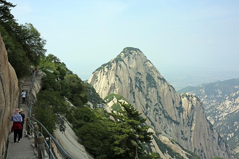 原創             不知道華山旅游不要緊,但你得知道去華山從哪條道上山