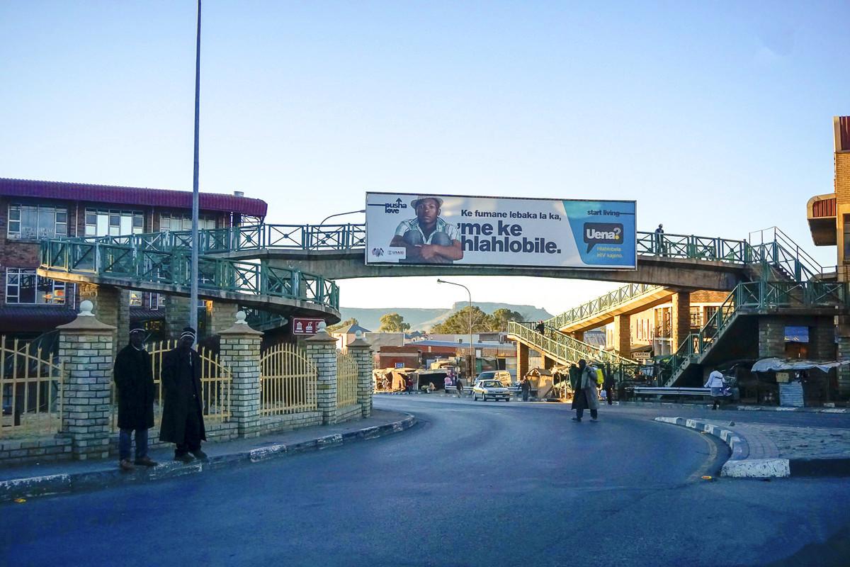 莱索托gdp_同样都是国中国,莱索托为什么那么穷