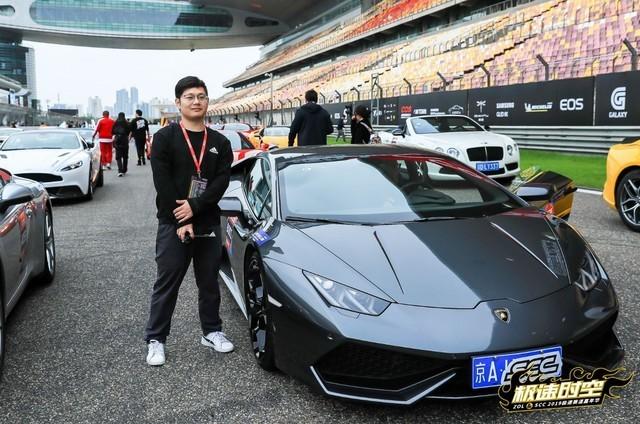 萌娃萌妹齐上阵超跑赛道日AOC显示器火爆登场_电竞
