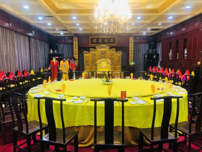 世界最大的中餐馆西湖楼豪华宴席