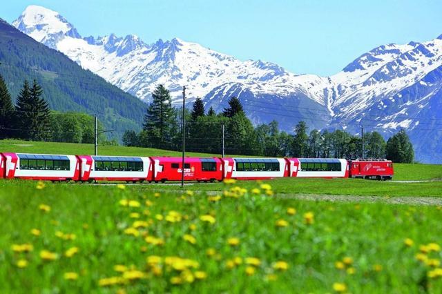 瑞士的冰川快车,被称为世界上最慢的快车