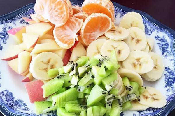 原创饭前吃水果好,还是饭后吃好?真正的最佳时间,却一直被忽视