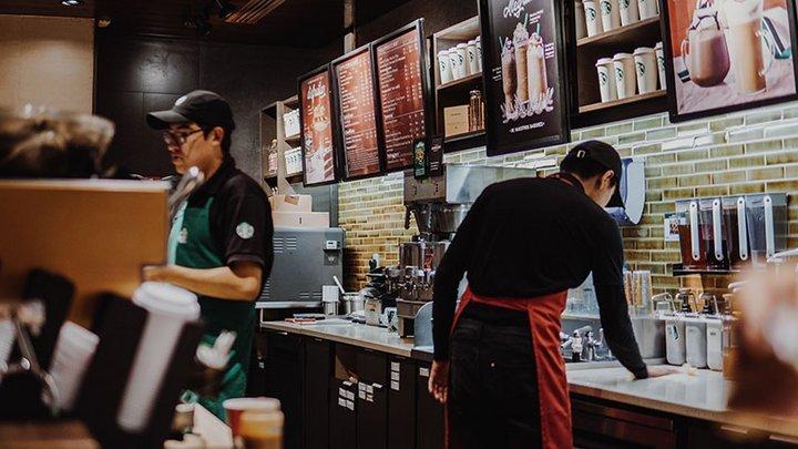 明年可以用比特币在星巴克买咖啡了?事实和你想的不太一样