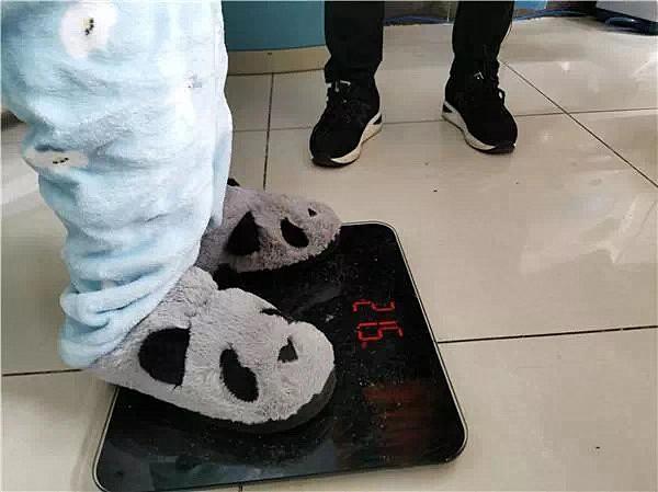 24岁女大学生体重43斤,获捐47万,又瘦又小的原因令人唏嘘不已!