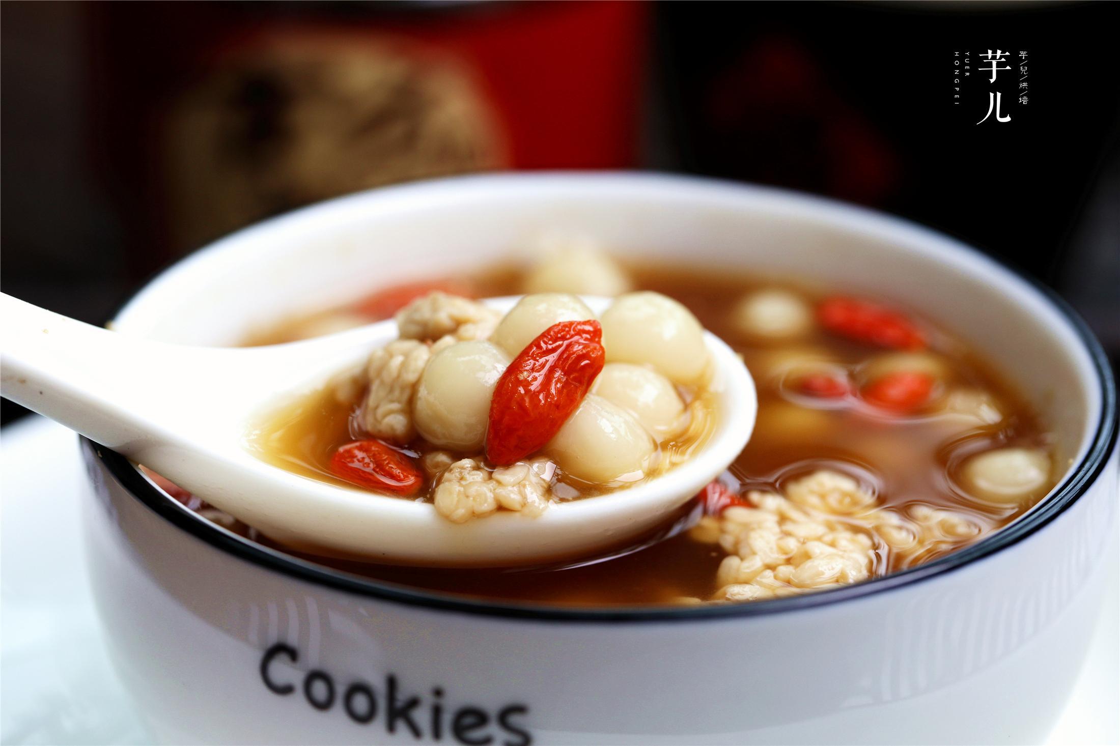 红糖酒酿小丸子,简单美味,喝一碗暖身又暖胃!冬天,女人要常吃