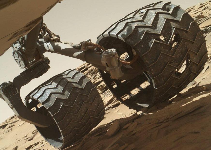 火星探勘進度如何?美國NASA公布「好奇號」最新自拍!一年竟最多只能走300公尺!