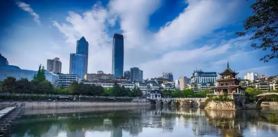 贵州各市州经济总量排名_贵州景点排名地图