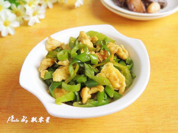 家常菜青椒炒鸡蛋,懒人做法,三分钟教会你,好吃又下饭!