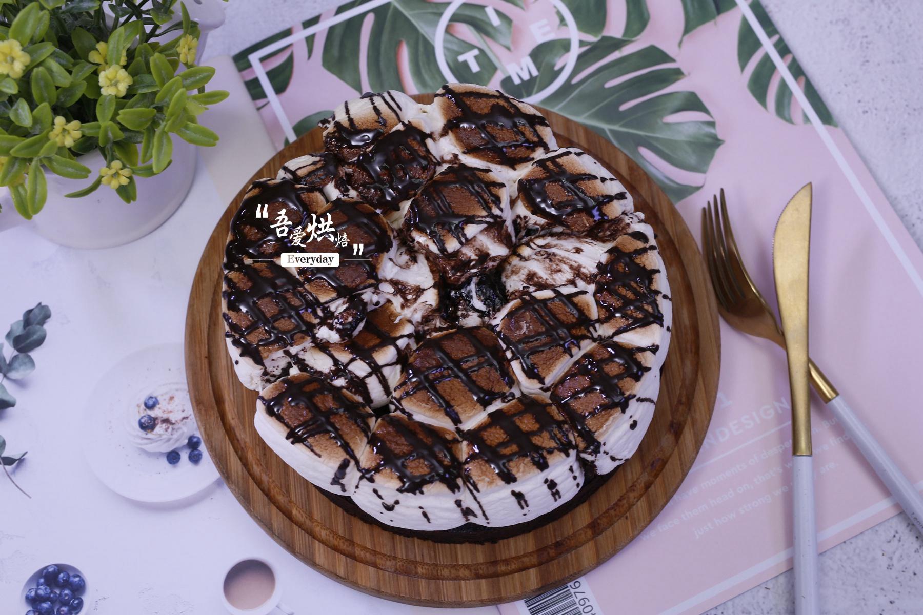 吃不完的棉花糖做成蛋糕,外焦里嫩,口感丰厚