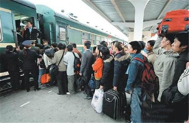 一天的火车与两小时的飞机,为什么大多数人选