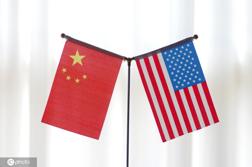中美应共同推进经贸磋商