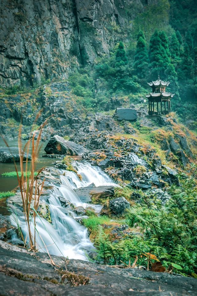 """溫州900萬人的""""大水缸""""原來在這,""""中華第一高瀑""""景色超震撼"""