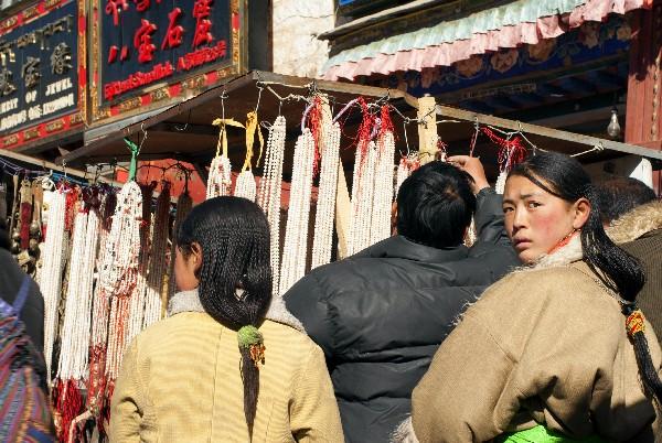 西藏有個非常有趣的節日,對女性有一個特權