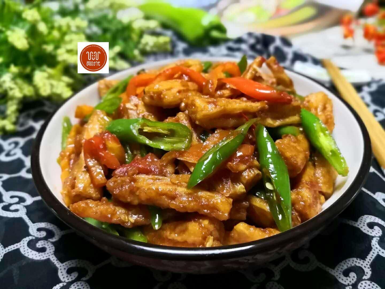 腐竹这样子炒,我可以吃三碗,滑嫩入味,汁香开胃,比吃肉还香!