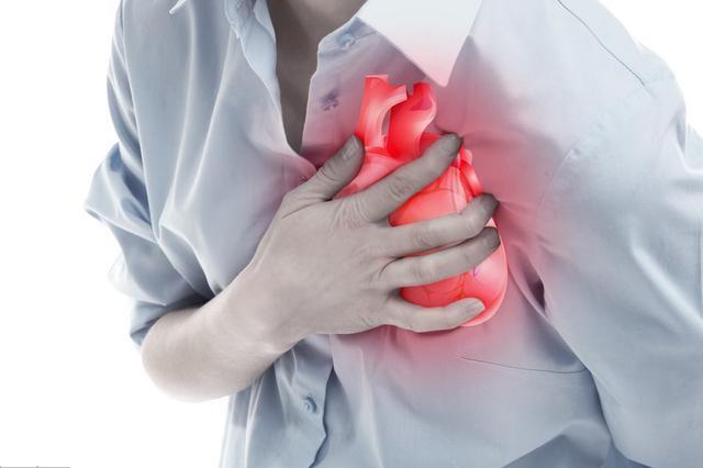 """二、不是心脏病的""""心脏病""""   当心脏自主神经发生紊乱,就会产生与心脏病类似的症状."""