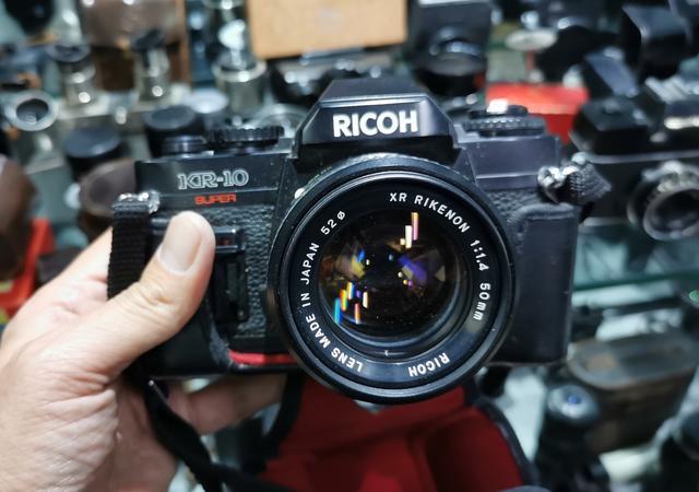 沈阳二手单反_沈阳逛二手相机店:看看老胶片相机的价格,或许你家也有这些 ...