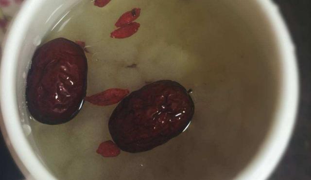 滚动:原创雪蛤5种最好吃的家庭做法,简单美味又馋人,看看你喜欢吃哪种?