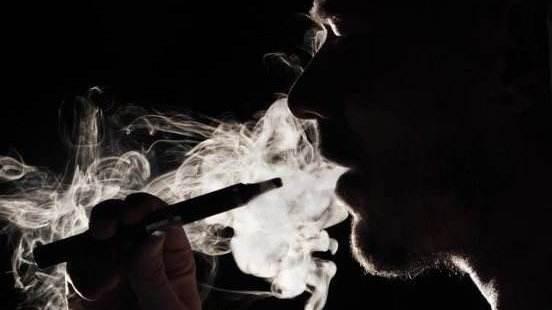 人民日报:多款电子烟仍参与双11促销