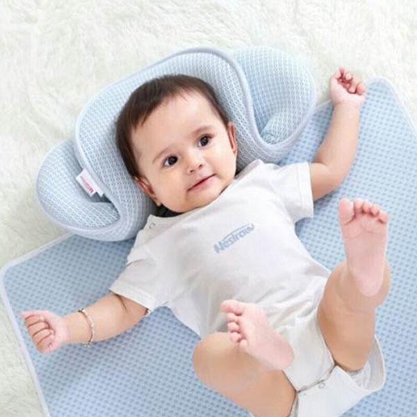 """母婴课堂:宝宝睡头型,用定型枕也是讲究""""时机""""的!"""