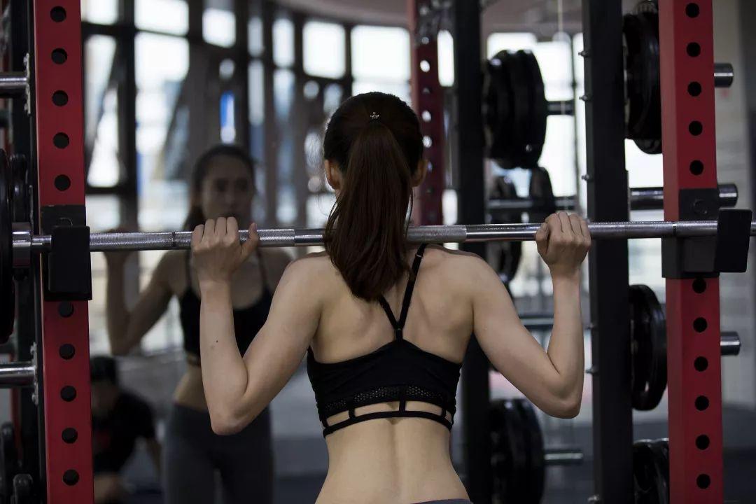 不剧烈的减肥运动图片