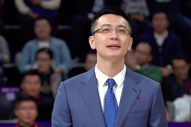 [厝边人]原创杨鸣正式退役!15年诠释一人一城经典,12号球