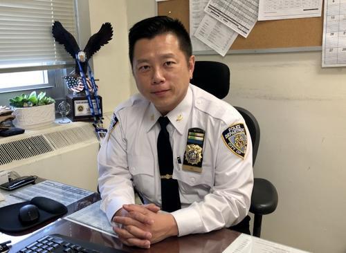 纽约华裔警官吴铭恒:愿把经验分享给年轻警员
