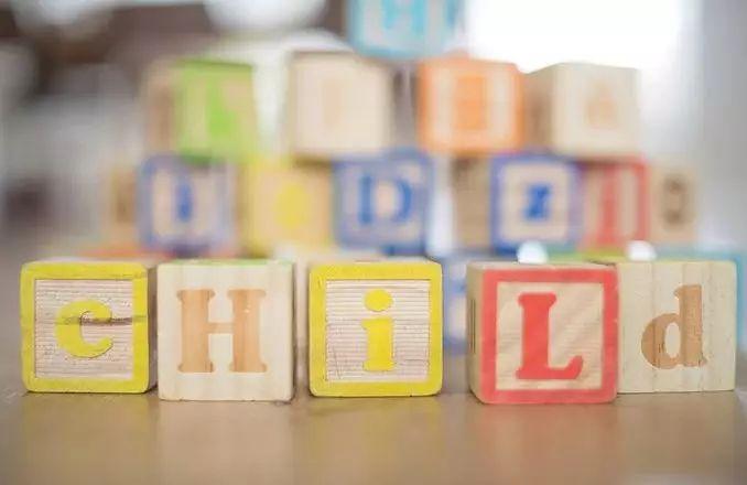 有什么小游戏能提升宝宝的言语能力?