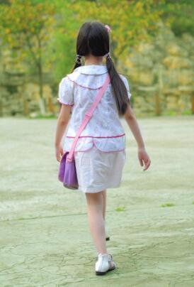孩子性早熟,该谁来负责?4点预防是关键,每个家长都要注意