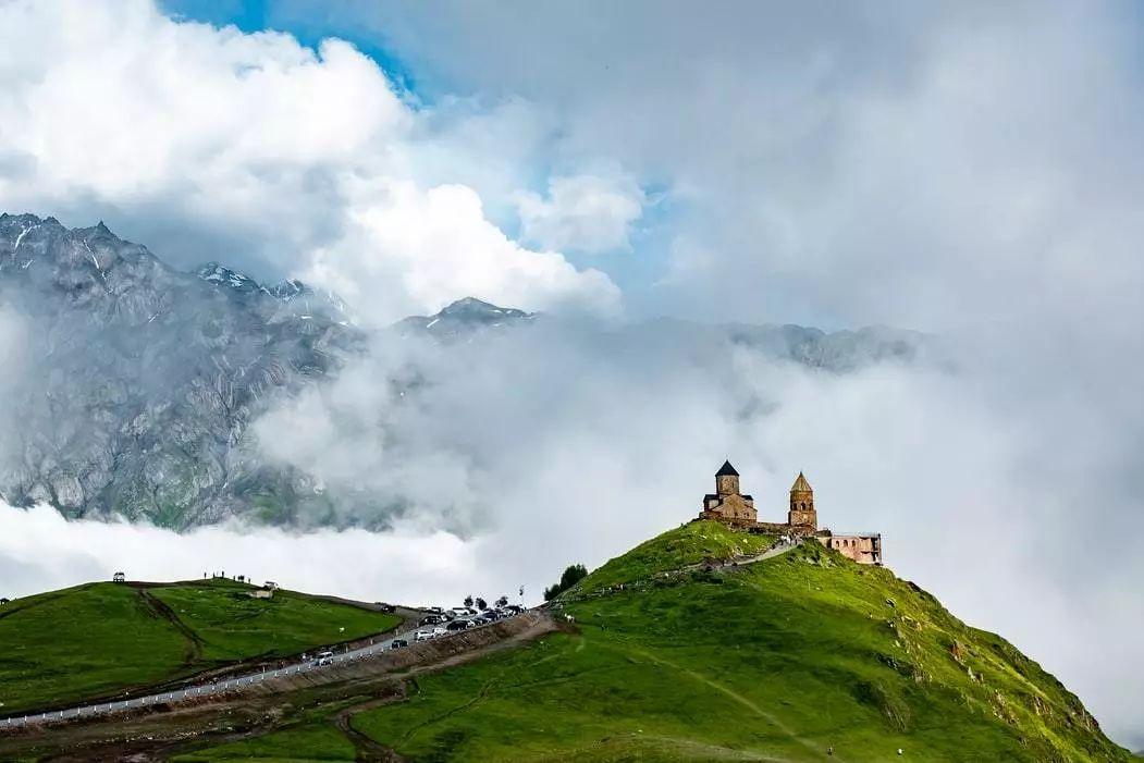 不输瑞士的冷门旅行地,物价比泰国还低,比土耳其更浪漫!