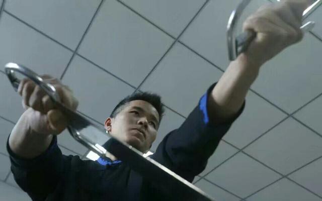 现代叶问正式警告马云:你不敢和我比武,输给咏春你会很丢脸