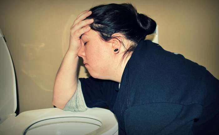 减肥可以催吐吗图片