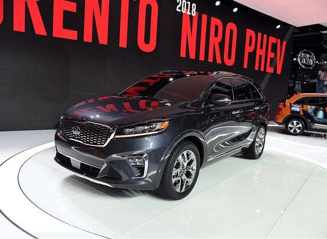 这款原厂SUV,类似奔驰M级,省油,无异常噪音,超级适合野男