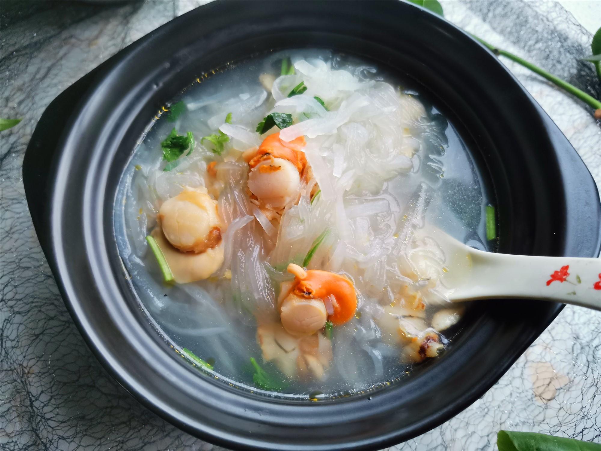 天凉,喝什么汤好?推荐一道家常汤做法,汤鲜味美 ,暖心暖胃,要多喝