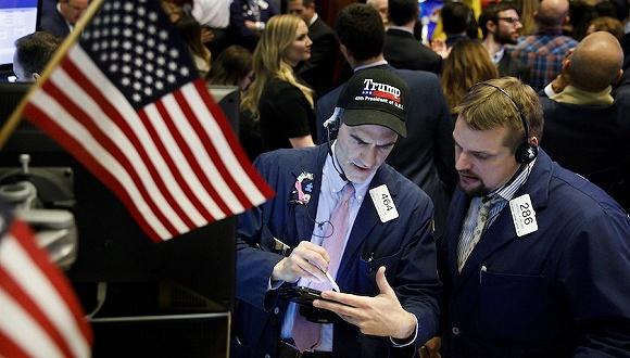 【天下头条】美国9月进口关税达创纪录70亿美元贸易和财报影响下美股涨跌互现