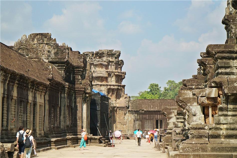 柬埔寨:吴哥窟,神庙至尊、吴哥文明的典范