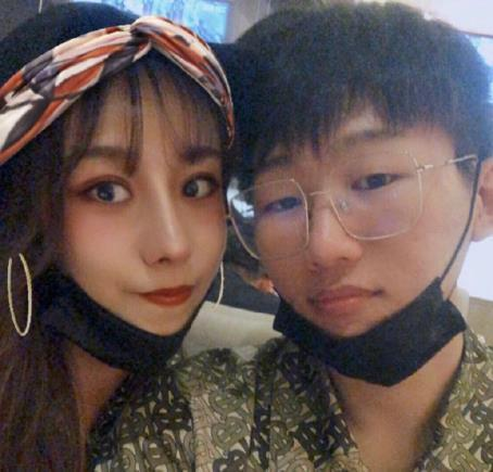 IG无缘S9决赛后,徐蜜乐再度发声,粉丝要求她和宁王好好生活