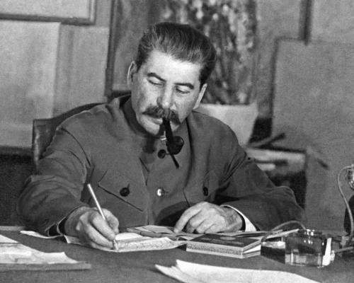 伊万·丹尼洛维奇·切尔尼亚霍夫斯基 -百科