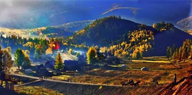 """新疆这个村与哈萨克斯坦国只是一沟相隔,被称为""""西北第一村"""""""