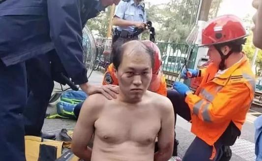 何君尧被袭 香港中联办:完全突破法律底线 人性底线_区议会