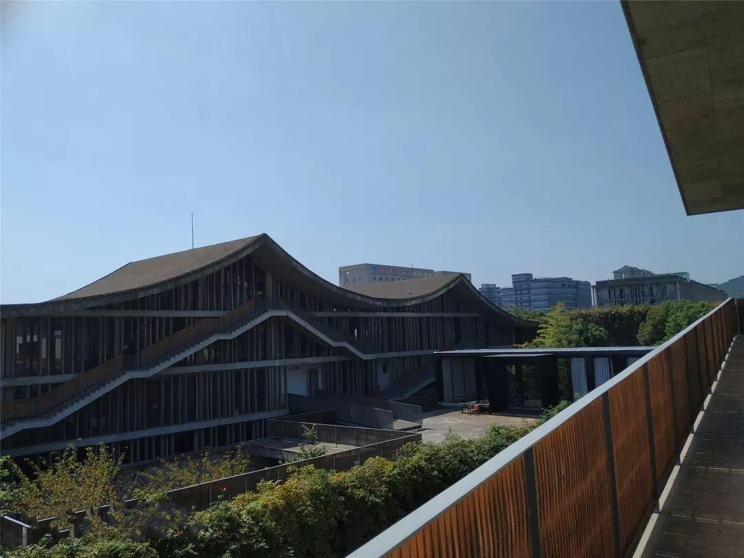 深度 建筑大师王澍之作中国美院象山校区设计思路给 花园式医院 建设带来哪些启示
