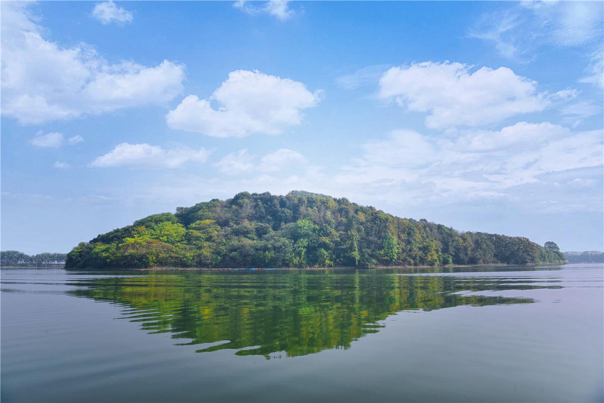 原创             湖北最美县城不只是有温泉,还有美食美景和慢生活时光