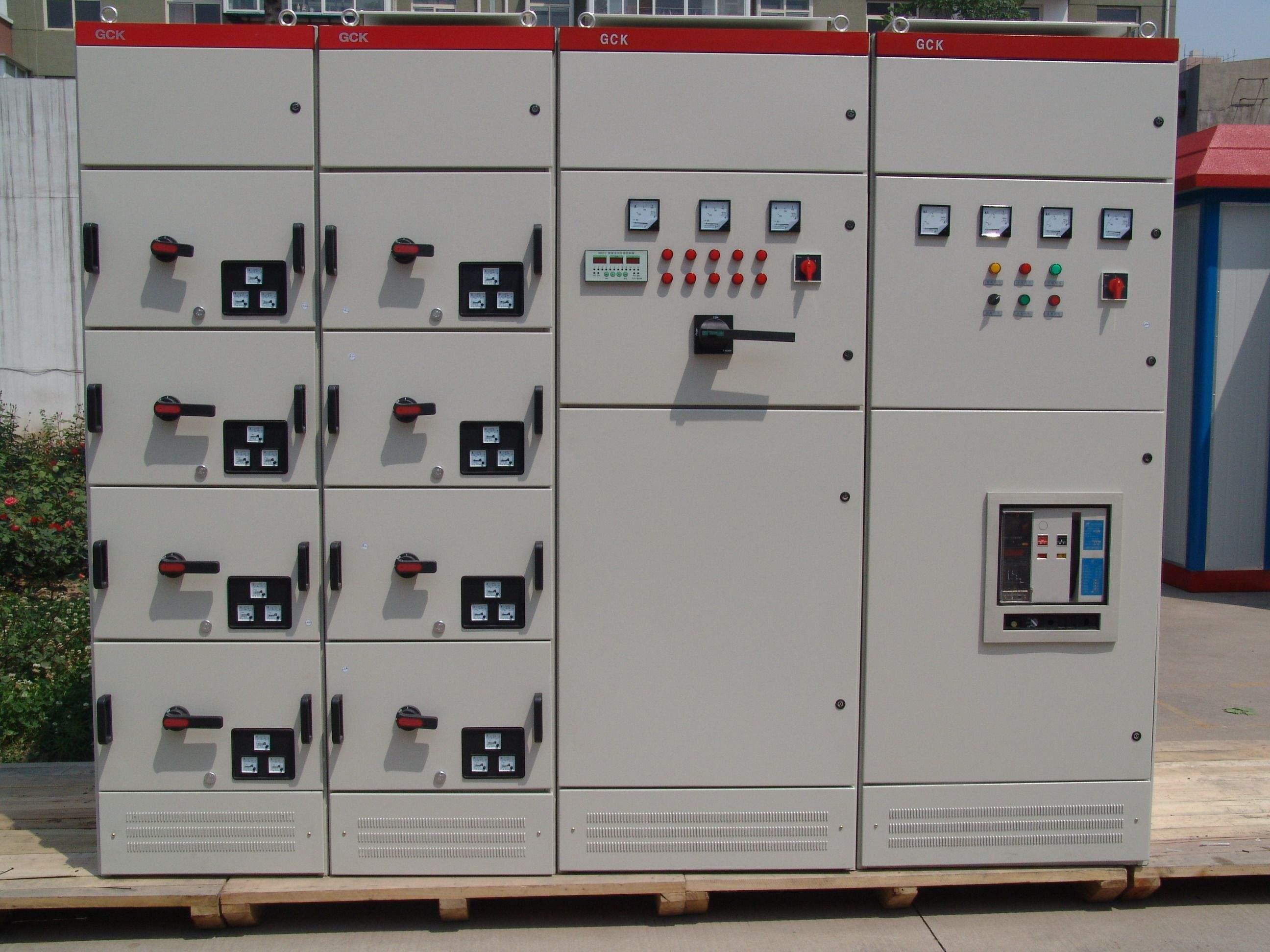 低压配电柜实物接线图
