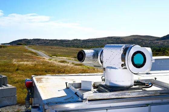 """美国空军对洛克希德·马丁的""""雅典娜""""激光武器系统进行测试_激光器"""