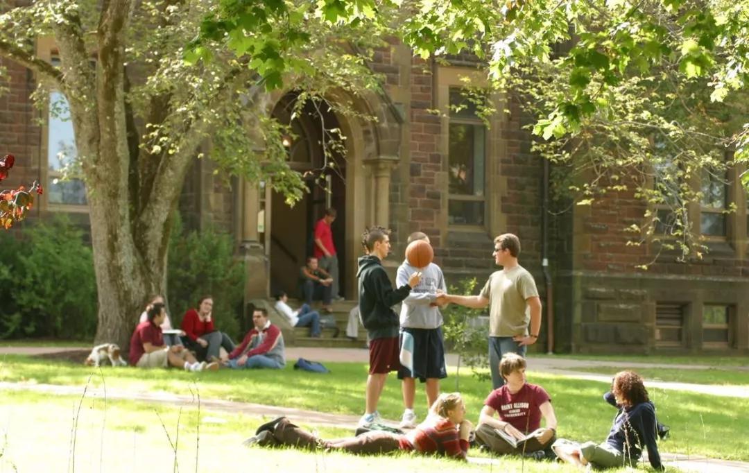 加拿大留学择校太难?除了排名,你还应该重视这四大因素!