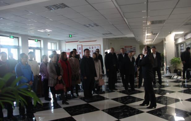 新疆木垒县法院深入开展主题教育系列活动见成效