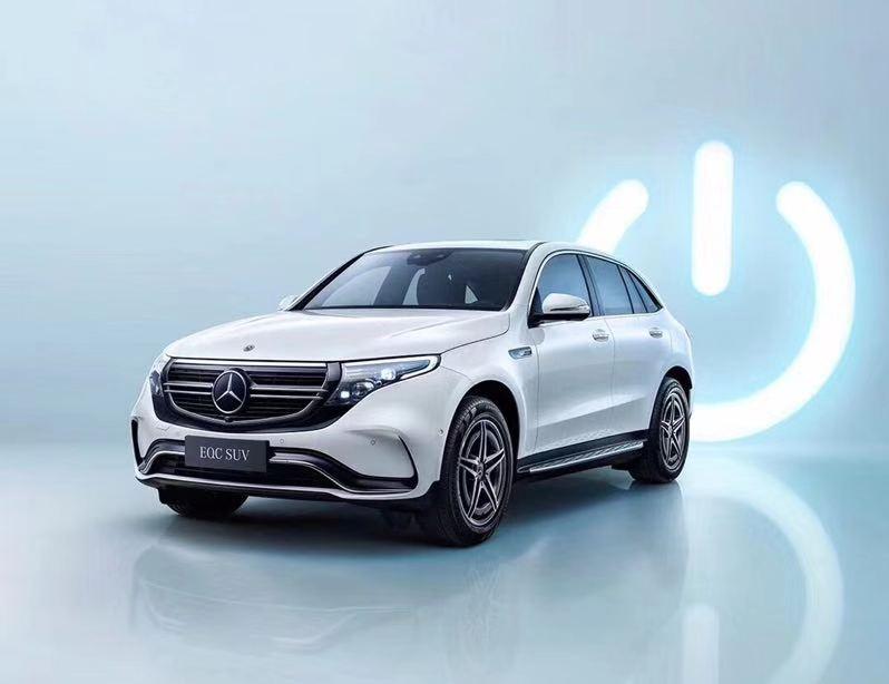 奔驰纯电SUV EQC上市,57.98万元起售