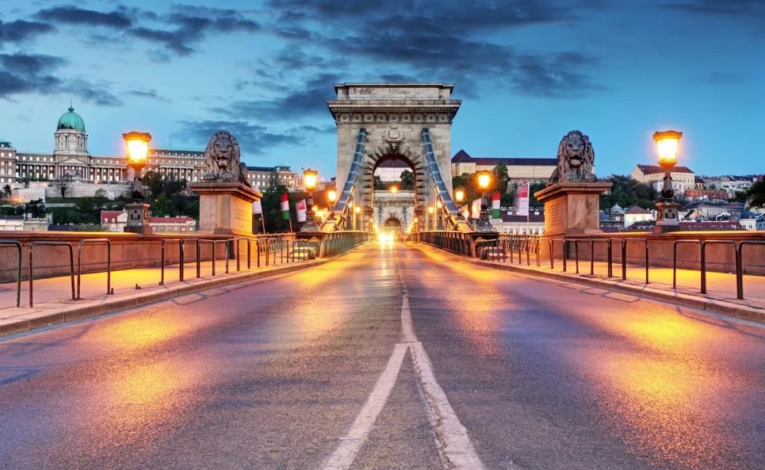 匈牙利多大人口_匈牙利美女