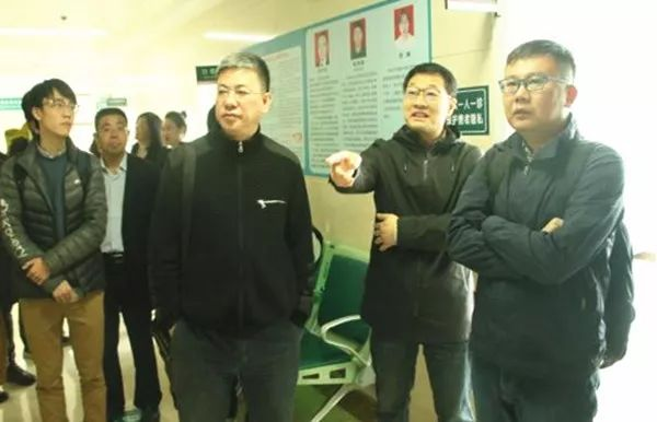 新闻间 中国疾控中心调研组到民生路社区预防接种门诊指导工作(图1)