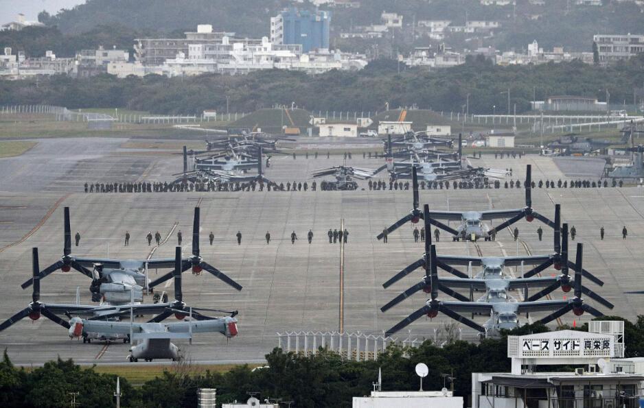 """一架F-16呼啸而过,""""导弹""""不慎落下,日本民众怒了,纷纷抗议_美军"""