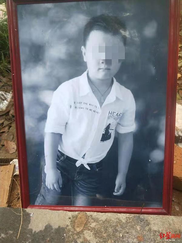 小区遇害9岁男童家属称已委托政府部门处理善后!嫌疑人已被刑拘